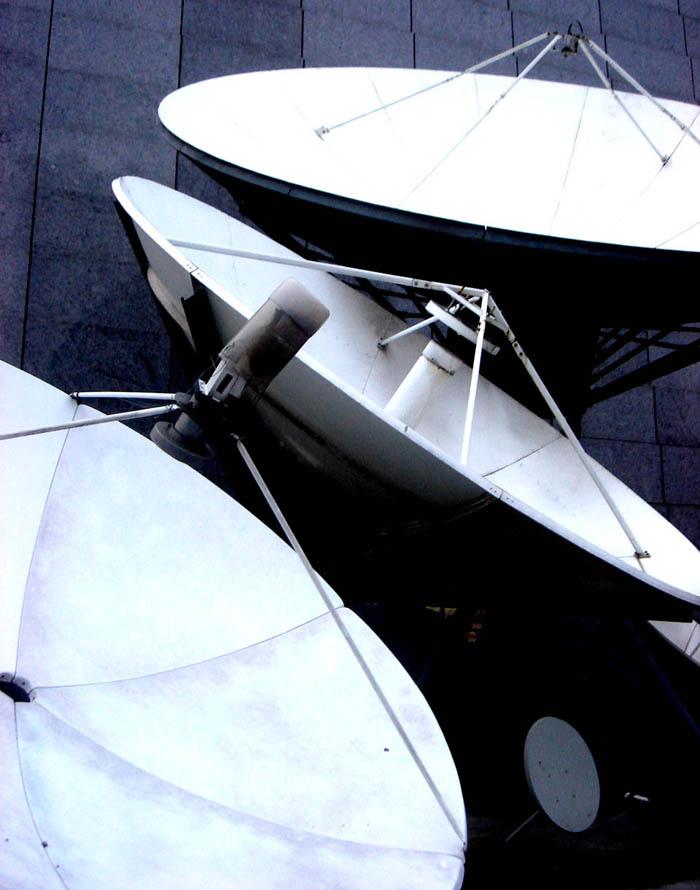 satelite-dishes